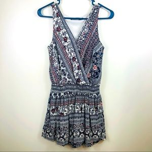 Doe & Rae Sleeveless Floral Abstract Shorts Romper